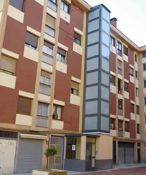 edificios-sin-ascensor-iza-por-fachada-1